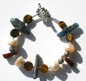 Funky Chunky Pearly Blues Bracelet